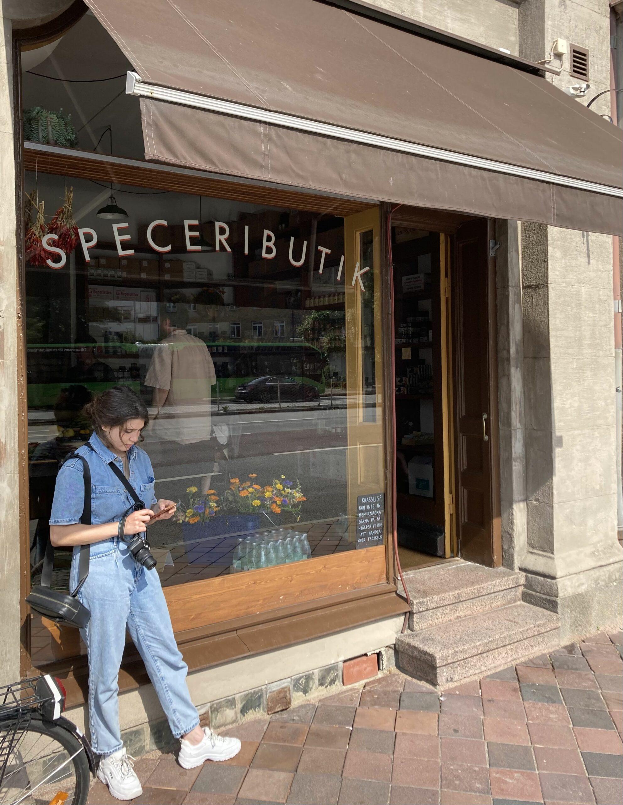 INSIDE OF: Amiralsgatan Speceributik
